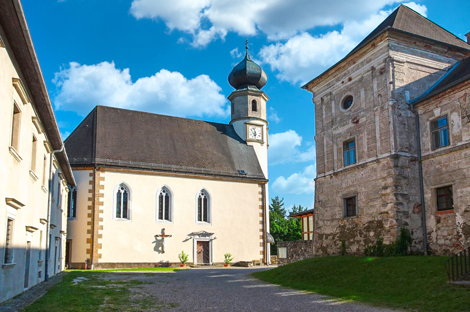 Burg-Neuhaus02_920x612