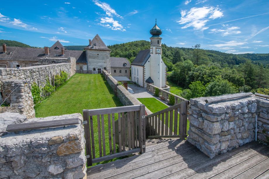 Burg Neuhaus_005_20200701-20200701-_E852931